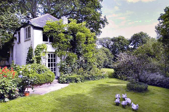 Click here for more about a romantic holiday at Bothy