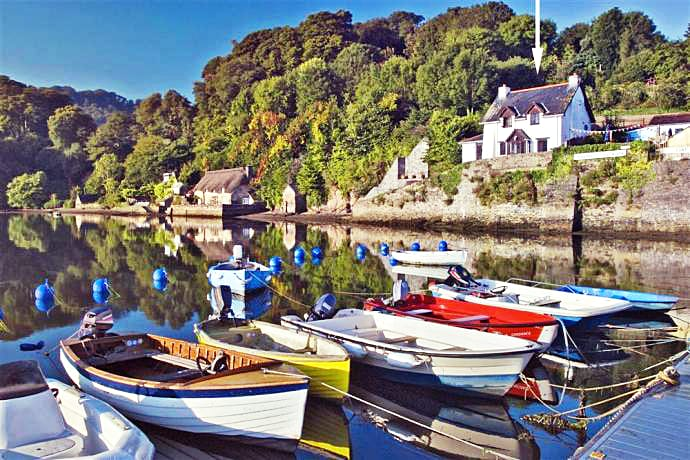 Click here for more about a romantic holiday at Cliff Cottage