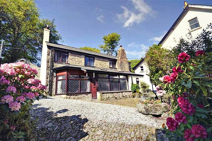 Click here for more about a romantic holiday at Moorlands Cottage